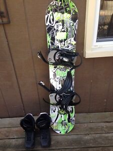 Snowboard for sale  London Ontario image 1