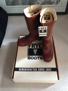Frye boots - Campus style