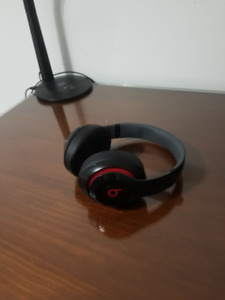 Beats by Dr. Dre - Studio 2 Wired GREAT CONDITION!