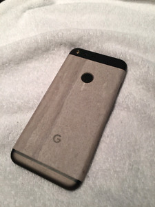 Google Pixel with Daydream VR