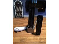 Nintendo Wii in black - CHEAP! Only £10