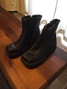GH Bass studio woman's leather boots