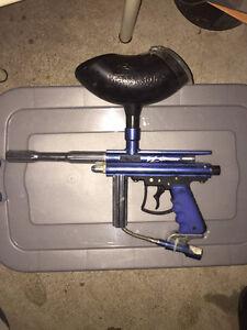 Paintball gun + mask