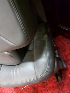 03-07 Chev/gmc heated leather seats