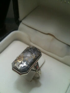 old vintage 18k white gold with natural gold in quarts
