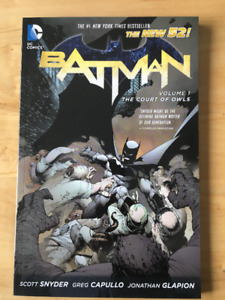 Batman: Vol.1 Court of Owls comic book/trade paperback