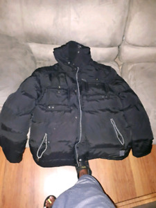 Dissindent winter and fall jacket size large in good condition