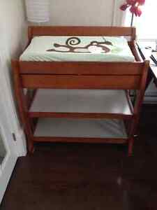 Change table with drawer / includes changing pad