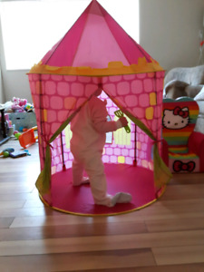 Pack and play princess castle