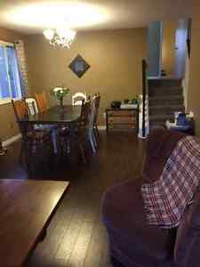 1 Bedroom for Lease in Beautiful Home Close to Fleming College! Peterborough Peterborough Area image 6