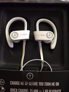 PowerBeats White Wired