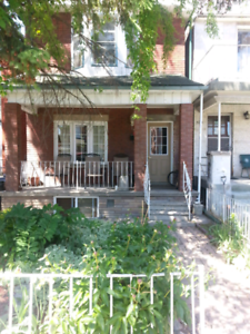 Great LOCATION, Bright, Furnished, Basement Room