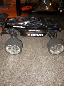 E revo brushless REDUCED AGAIN and AGAIN!!!!!!!!