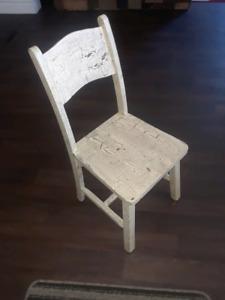 Chaise antique pour enfant Sainte-Marie