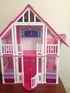 Girls DollHouse Barbie Dreamhouse