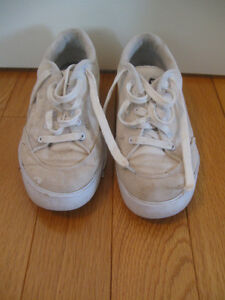 "PAIR of SIZE 8 C ""GUESS"" WHITE RUNNING SHOES..."