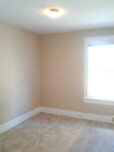 (DOWNTOWN) ROOM for Rent, Whole Upper Level, Private Entry, WIFI