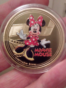 Large 40mm Disney Minnie Mouse Gold Plated Colored Coin