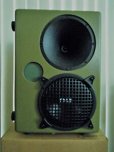 2 Combat Model: CS8/8PH Loudspeakers