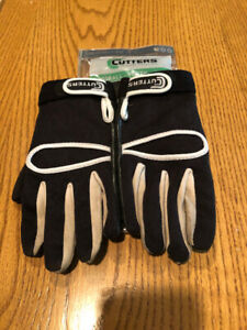 Football Gloves Cutters