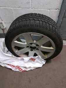 PIRELLI WINTER TIRES WITH MAGS FOR BMW e46 series 3 West Island Greater Montréal image 2
