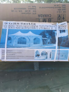 New 16x22 Marquee party tent