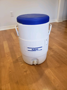 Sold PPU - 5 gallon igloo drink cooler