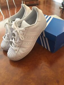 SELLING FAST Adidas Superstar White size 5