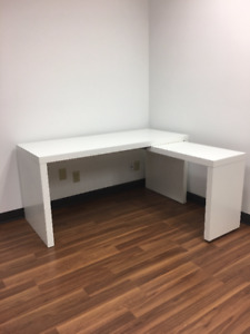 Impeccable and Almost New White Office Desks