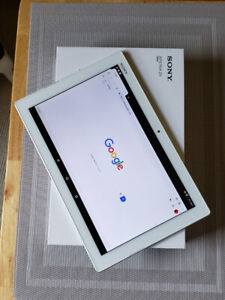 Sony Xperia Z4  10 inch tablet like new in the box!!