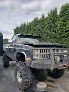 82 Chevrolet K30 40in SuperSwampers