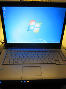 Toshiba Windows 7 With New Laptop Bag