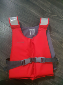 Junior life jacket 40-60kg - BRAND NEW