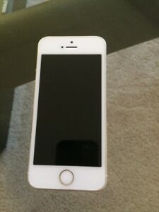 Unlocked  iPhone 5s 16gb good shape