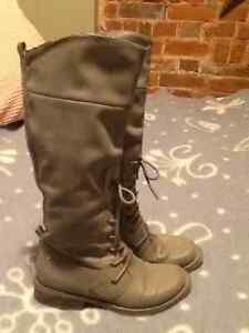 Rocket Dog Boots in gray