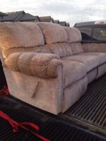 Reclining couch in good condition