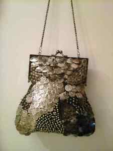 Beautiful bag in style color West Island Greater Montréal image 5
