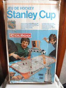 """Jeu de Hockey, des """" Années 70 """", à vendre."""