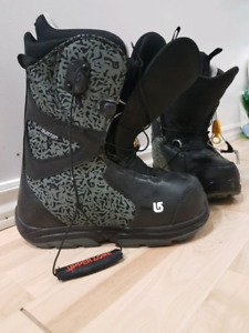 Burton grom boots size6