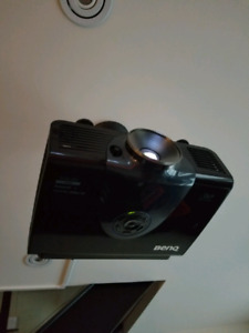 BenQ W6000 Projector 10/10 Condition