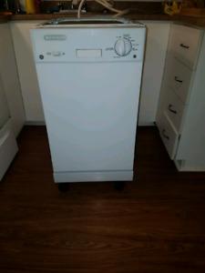 Lave Vaisselle Portatif Achetez Ou Vendez Des Biens Billets Ou