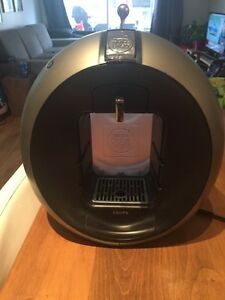 Cafetiere nestle dolce gusto