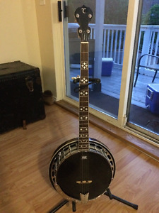 Tanglewood 5-string resonator Banjo