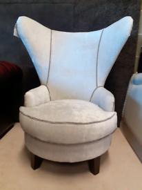 🤩🤩Brand New Real Velvet Wingback Chair 🤩🤩