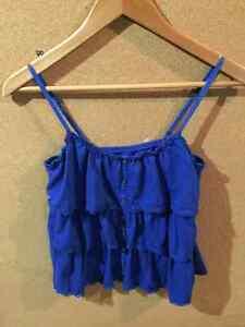 Women's Clothing - Pants, Shirts, Shorts, etc. Cambridge Kitchener Area image 8