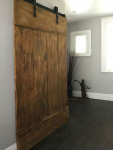 Soft close sliding barn door hardware