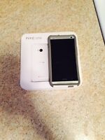 Mint condition HTC ONE M7 Unlooked