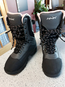 Womens 8 (7.5?) HMK Snowmobiling Boots
