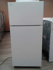 "fridge GE top freezer white 28"""
