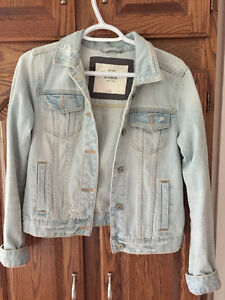 Abercrombie and Finch light wash jean jacket
